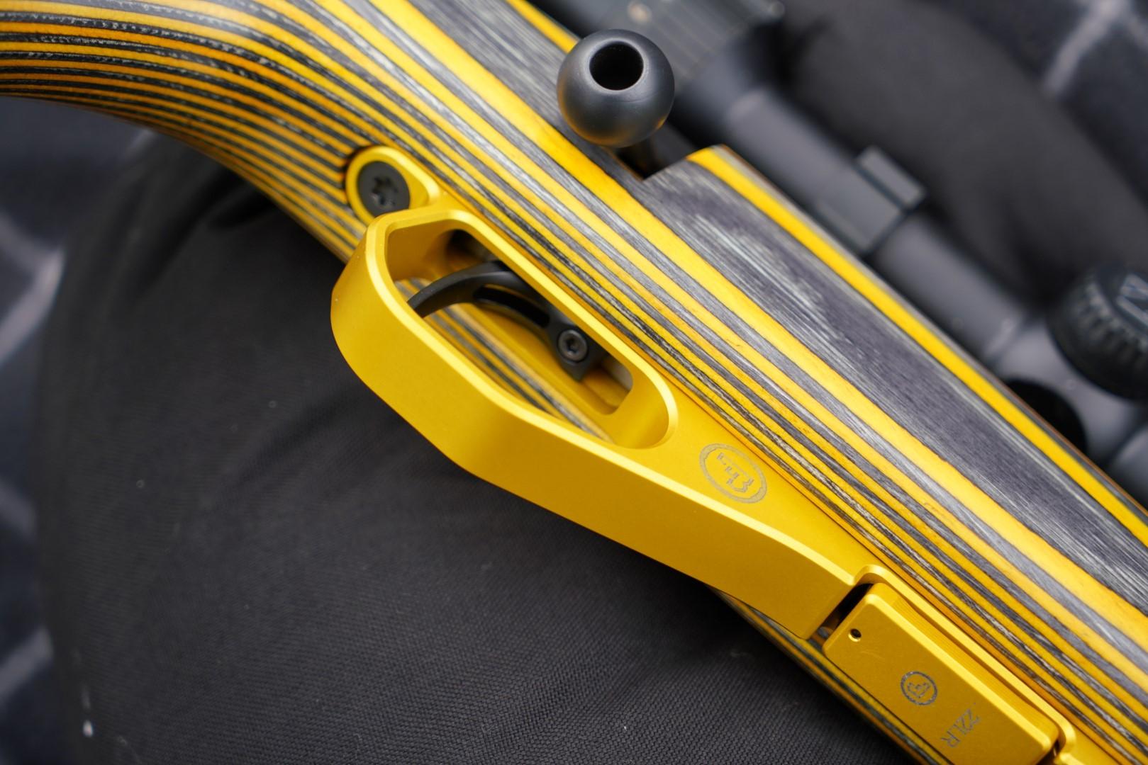 En färgstark nyhet från CZ Brno - 455 Thumbhole Yellow